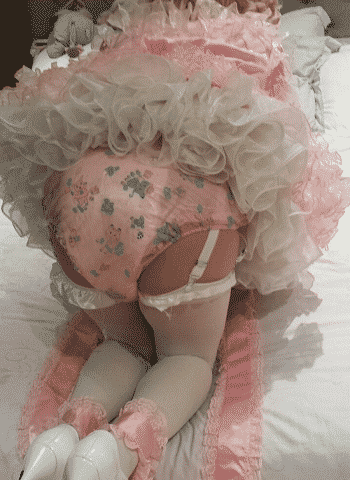 diaper kink, diaper masturbation