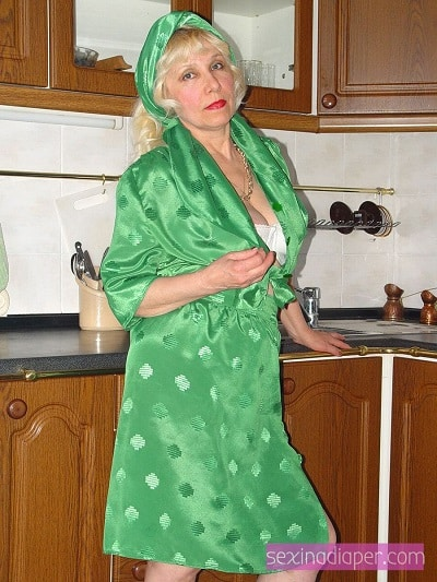 granny kink, ageplay, abdl